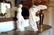 20131021 Venus de Milo and Winged Victory on sideboard by Cosmo Wenman